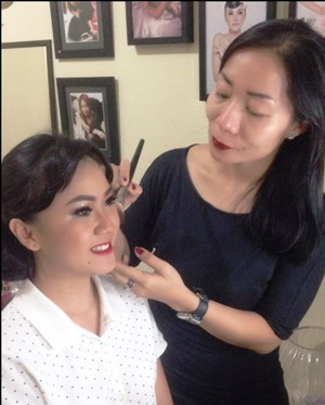 Jihan Soemawisastra: Passion Tinggi Di Kelas Make Up